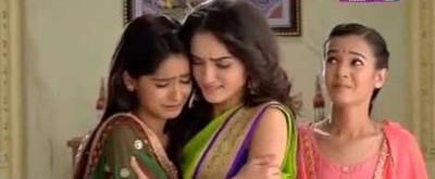 SNS twist: Gaura happy as Chanda puts Meera-Vidya behind bars