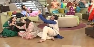 Saath Nibhana Saathiya: Gopi raises hand over Ricky eyeing Modi family's drunken drama