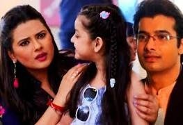 Kasam Tere Pyaar Ki: Tanuja unaware as Rishi gets Natasha's admission done in school