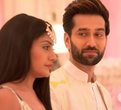Ishqbaaz latest: Anika overacting trapped self in pre-plotted plan